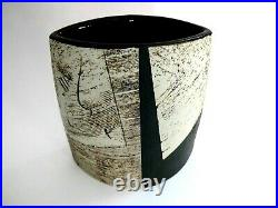 BERNARD IRWIN (born 1953) stoneware Vase