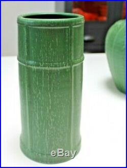 Ephraim Faience #814 Prairie Cottage Vase