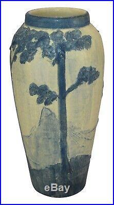 Ephraim Faience Pottery 2000 Ponderosa Pine Scenic Vase 031