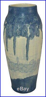 Ephraim Faience Pottery 2000 Spanish Moss Scenic Vase 030