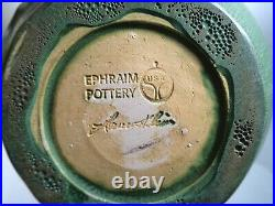 Ephraim Faience Pottery 2002 Garden Lily Green Ceramic VaseLAURA KLEINVGC