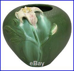 Ephraim Faience Pottery 2002 Garden Lily Green Ceramic Vase 232