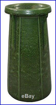 Ephraim Faience Pottery 2004 Corbel Matte Green Vase 420