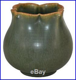 Ephraim Faience Pottery 2006 Experimental Seed Pod Vase 625