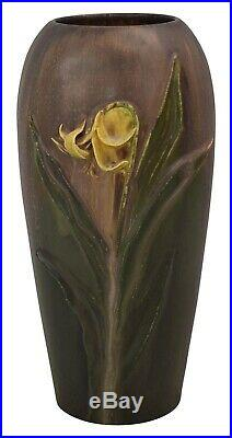 Ephraim Faience Pottery 2006 Experimental Yellow Flower Vase