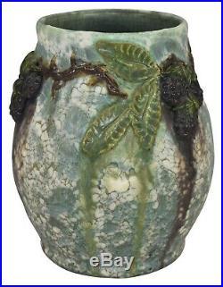 Ephraim Faience Pottery 2007 Snowy Blackberry Vase