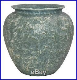 Ephraim Faience Pottery 2009 Rustic Pine Snowy Vase C11
