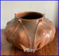 Ephraim Faience Pottery Wild Ginger Vase Bowl