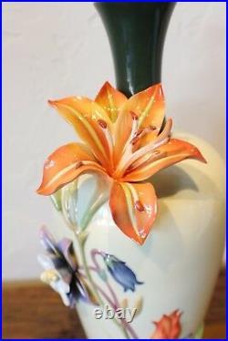 FZ03639 Franz Porcelain 17 Vase Nepenthe Columbiene Tulip floral white orange