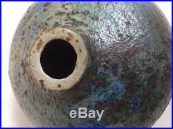 Highly Collectable Rare Derek Davis Signed Studio Pottery Vase