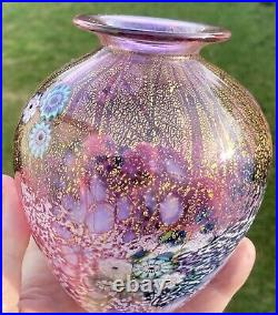 Jonathan Harris, Signed 2020 Pink Vase. Absolutely stunning In Mint Condition