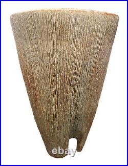 Mid Century Modern Studio Art Pottery Tripod Three Footed Vase Incised Chop Mark
