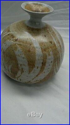 Nice mid century studio Victoria Littlejohn pottery ceramics brown vase
