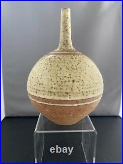 Wonderful Derek Clarkson (1928-2013) Studio Pottery Vase